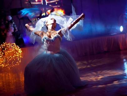 крутой свадебный танец