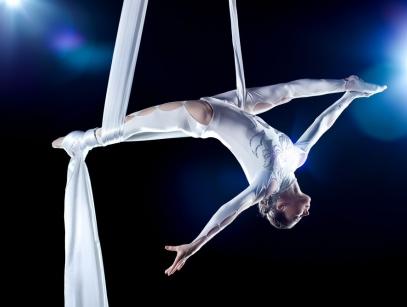 Воздушная гимнастика и акробатика Калининград
