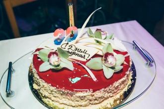 торт на праздник в Калининграде